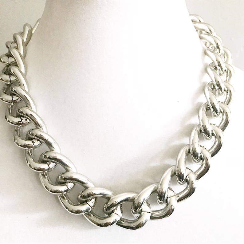 766156d7122a Glossy Silver Chunky Chain Necklace Chunky Chain Jewelry