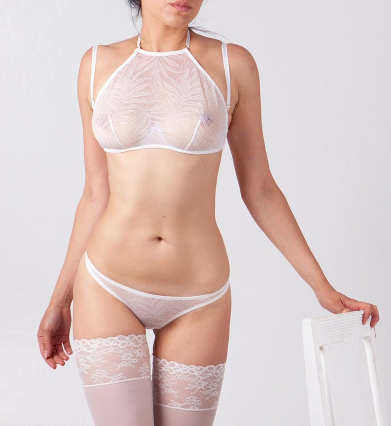 Lovely Ivory Lace Pleasure State Lingerie Set 34b And Small Knickers Bras & Bra Sets