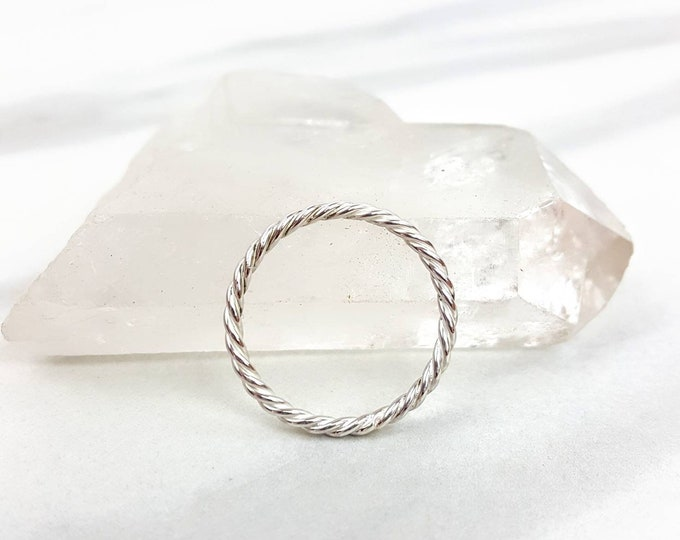 Sterling Silver .925 Infinity Swirly Ring