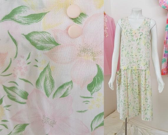 XL 1980s Vintage Handmade Pastel Floral Print Drop
