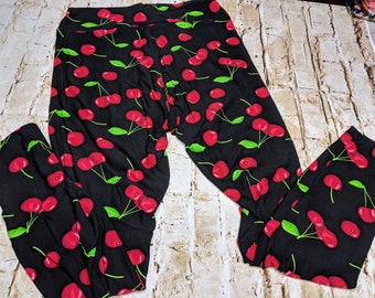 493a18e84645ae Cheery Cherry Leggings