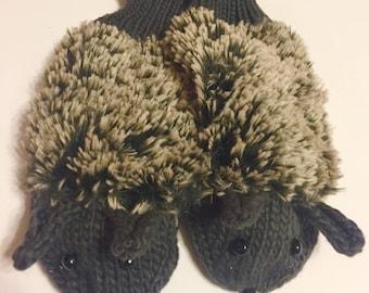 Hedgehog Mittens Gray