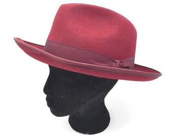 Vintage Unisex rosso Homburg cappello Baldini Designer cappello bellissimo  cappello Vintage Red Hat elegante cappello per donne o uomini 327083aea155