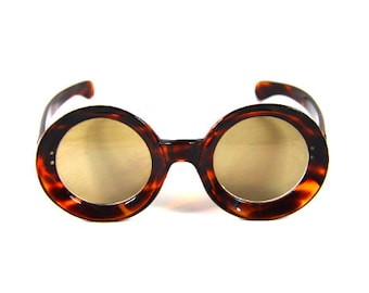 Italian sunglasses  392dc4d024c0