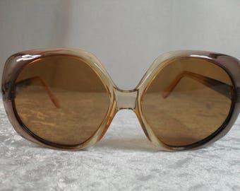 0e6a6a3acdeb15 Zonnebrillen - Vintage