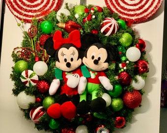 DISNEY inspired CHRISTMAS WREATH- Classic Christmas Colors