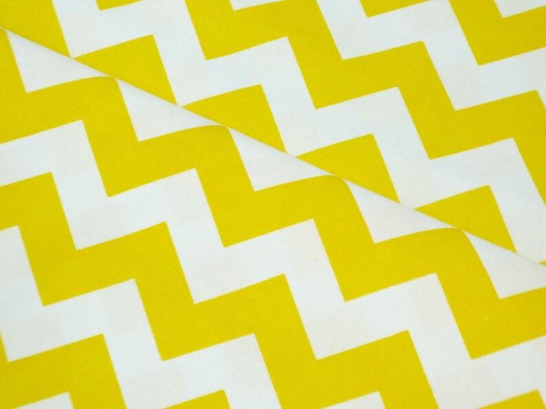 Miniature Chevron Zig Zags 100/% Cotton Patchwork Fabric