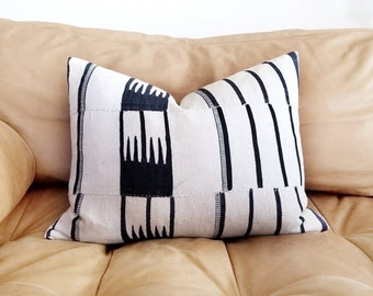 "Mudcloth pillow cover, 14.5""×19"" African hausa mudcloth blanket pillow, African pillow, mudcloth"
