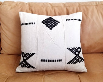 """17""""×18"""" African embroidered hausa pillow cover"""
