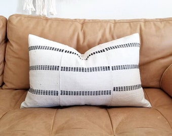 "14.5""×23"" African hausa embroidered pillow cover"