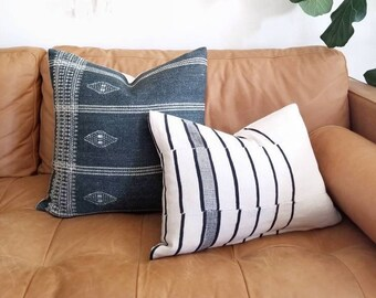 "15""×20"" Mudcloth blanket pillow cover"