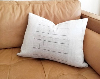 "15""×20.25"" Hmong hemp+ cream mudcloth pillow cover"