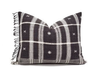 "16""×20"" Indonesian embroidered fringe cotton pillow cover"