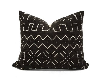 "16""×20"" black mudcloth pillow cover"