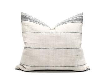 """17.75""""×20"""" Hmong grey print hemp linen pillow cover"""