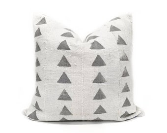 Light grey triangle  print mudcloth pillow cover