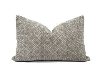 """13""""×20"""" greige Chinese wedding blanket pillow cover"""