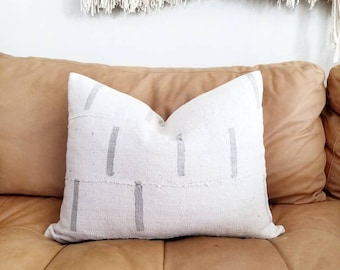 """16""""x20"""" Mudcloth pillow cover w/ gray lines print"""