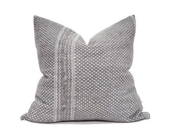 Various sizes charcoal grey Chinese wedding blanket pillowcover