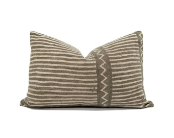 "13""×20"" vintage brown stripe mudcloth pillow cover"