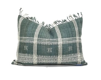 "14.25""×20"" green Indian wool pillow cover with fringe"