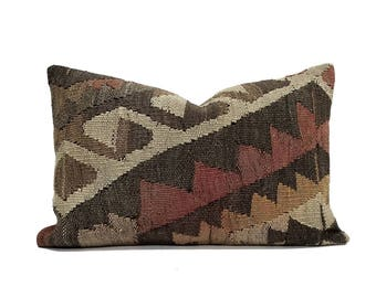 "16""x24"" Kilim pillow"