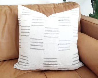 Cream w/ gray lines print mudcloth pillow cover in various sizes
