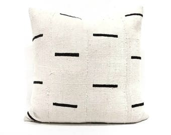 Cream with black lines mudcloth pillow cover