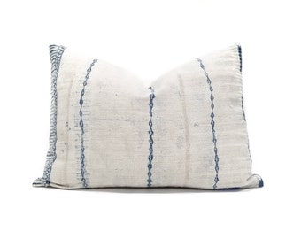 "11""×17.25"" Hmong indigo print hemp linen  pillow cover"