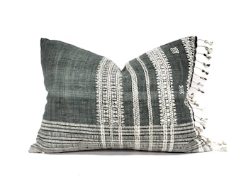 "15""×20"" fringe on side hunter green Indian wool pillow cover"