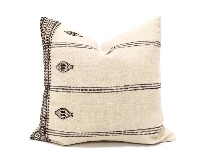 """Featured listing image: 20"""" cream indian wool pillow cover"""