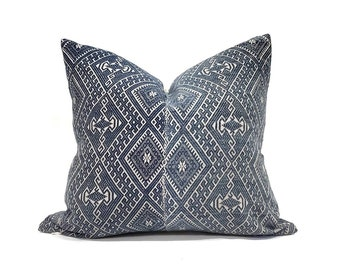"16""×18"" indigo Chinese wedding blanket pillow cover"