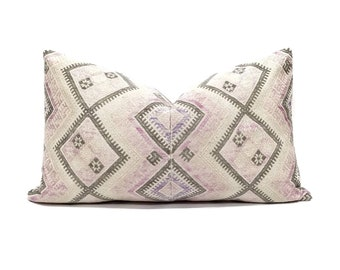 "13.75""x23"" Chinese wedding blanket pillow cover"