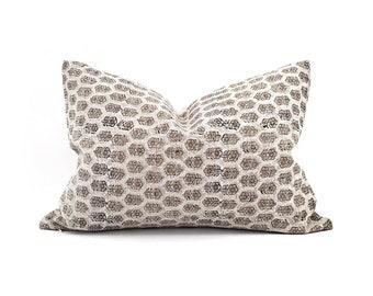 Various lumbar sizes white small flower batik block printed linen pillow