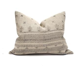 "18""×22""& 18""×26"" black on flax block printed linen pillow"
