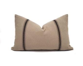 "13.5""×21"" grainsack look stripe pillow cover"