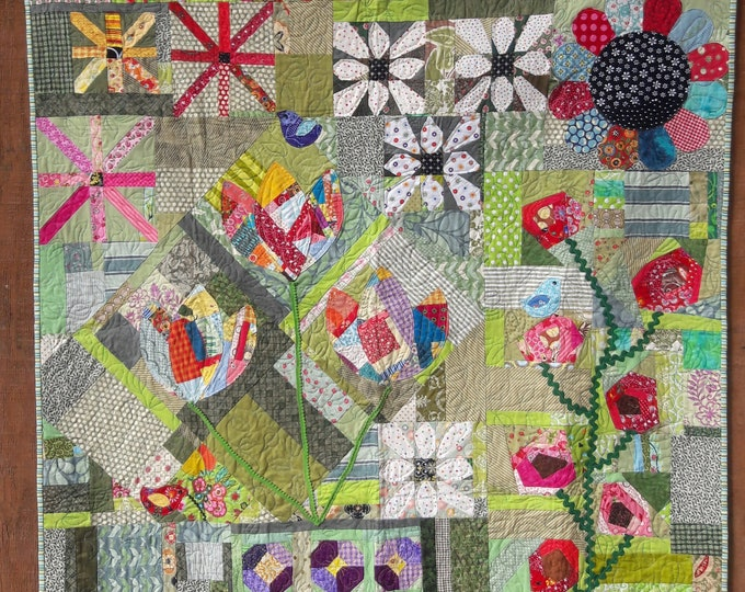 Naughty Garden~ scrappy, improve quilt pdf pattern