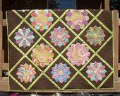 Garden Party a Dresden plate quilt pattern