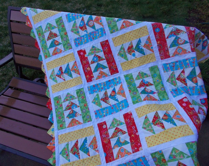 Picnic in the Park a patchwork triangle with prairie points pdf quilt pattern