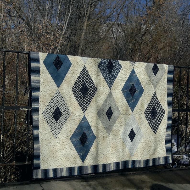 Crystallized quilt pattern image 0