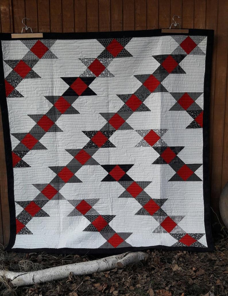 Anvil modern quilt pattern image 0