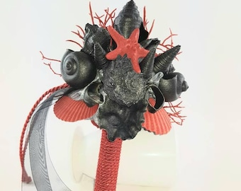 Beautiful, unique black mussel bouquet with red highlights, for the newlyweds with special taste ...