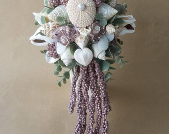 Noble dream bouquet in pink/old pink with eucalyptus and tentacles....