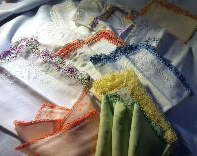 Vintage Convolute 12 pieces 50s handkerchiefs with fine crochet thread lace hand work