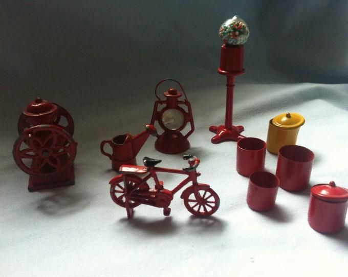 Antique Convolute Miniature Doll room accessories, decoration