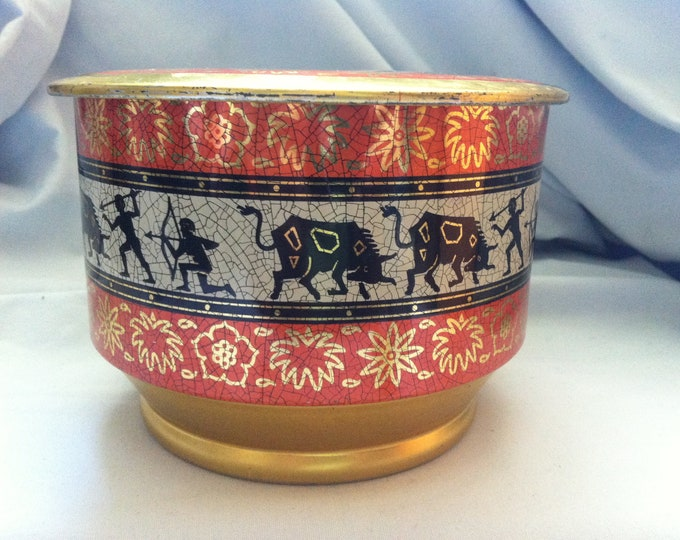 Vintage tin can decoration beautiful deco