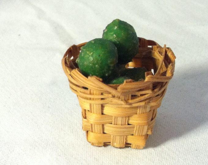 Vintage Fruit Basket dollhouse miniatur accessoires