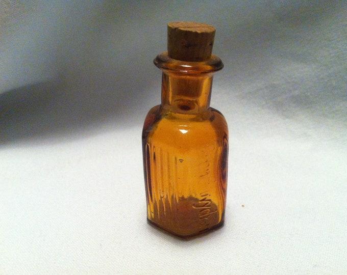 Vintage Glass Bottle pharmacy Dollhouse Miniature accessoires