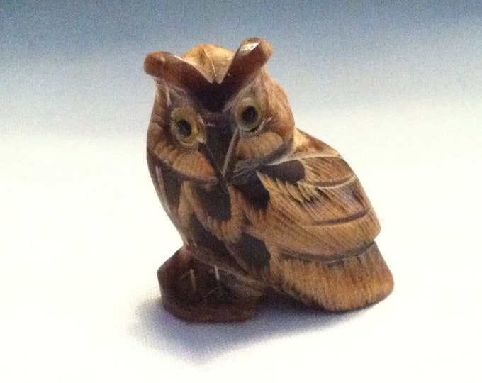 Vintage wood ? stone ? Owl beautiful deco