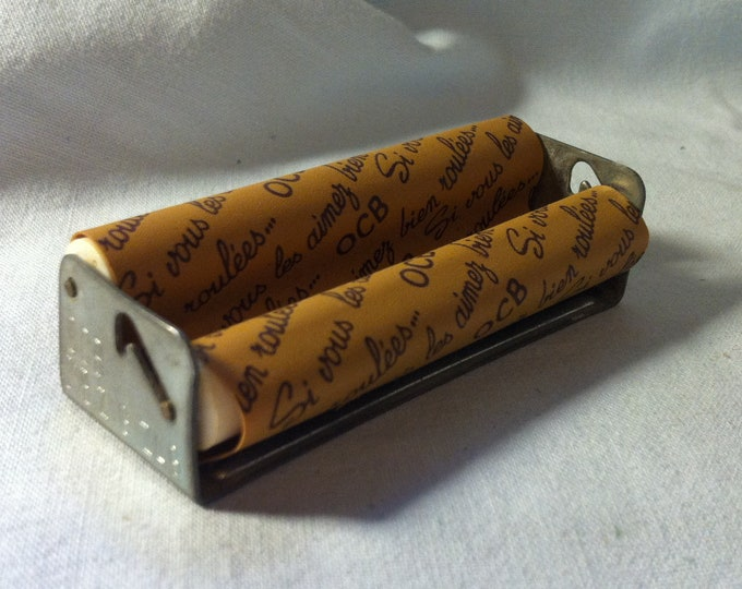 Vintage lathe Cigarettes turning accessoires, made in france